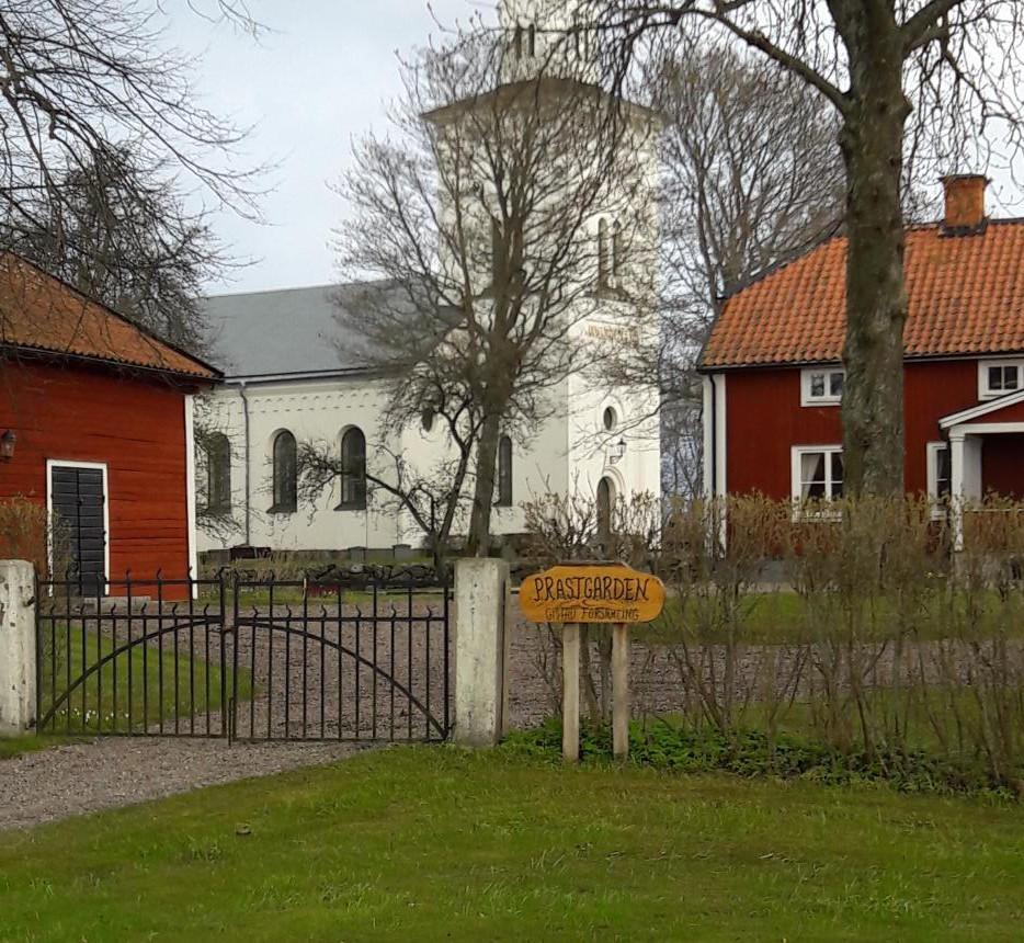 Sommar öppet hus i Gistad prästgård, tisdagar.
